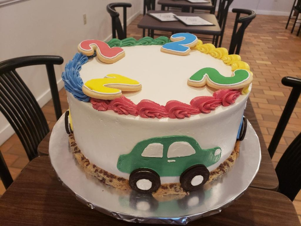 Chocolate chip cookie Car Cake